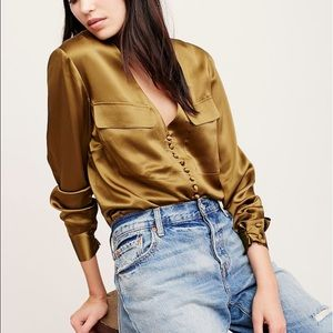 ⚡FLASH SALE BLOWOUT⚡Silk Free People Blouse