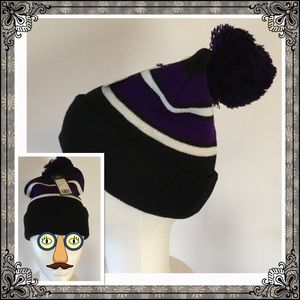 City Hunters Accessories - Raven Beanie🏈