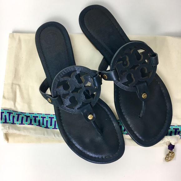 4935f15af8787 Authentic Tory Burch Sparkle Suede Sandals. M 57e9ec3e8f0fc496a800c4de