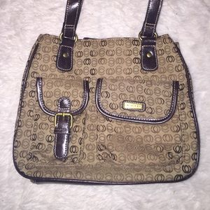 💋purse with a lot of compartments