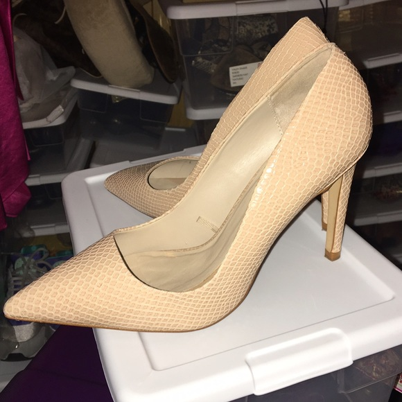 de3a2cd35314 Zara Shoes | Snake Nude Pumps Reduced Negotiable | Poshmark