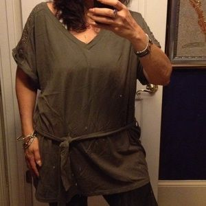 Big OLIVE green soft cotton V-Neck belt/tunic
