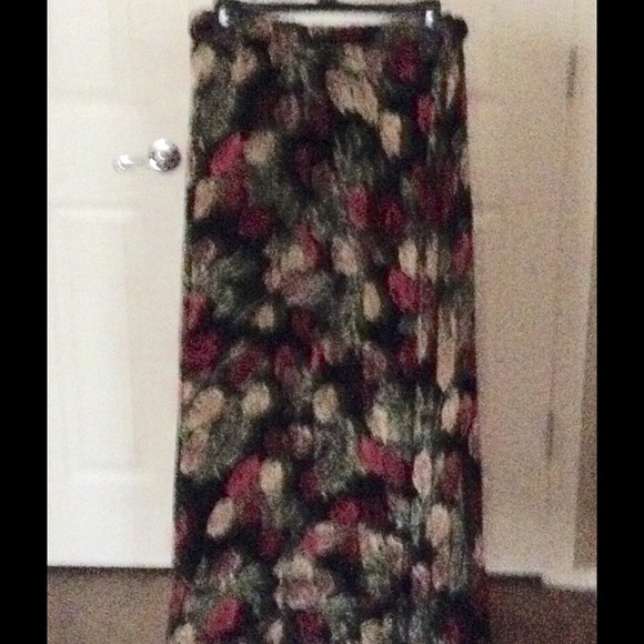467be140ee Coldwater Creek Skirts | Floral Crinkle Reversible Skirt | Poshmark