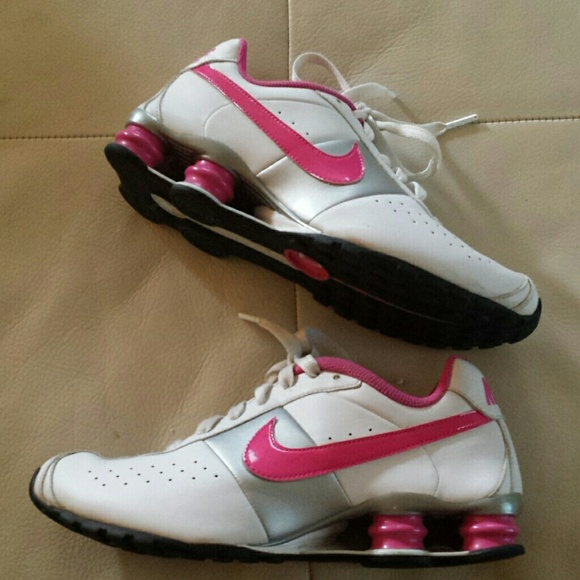 Nike Shox White Leather Pink Silver Sneakers 9.5