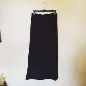 Alternative Apparel Dresses & Skirts - NWOT✨ black maxi skirt