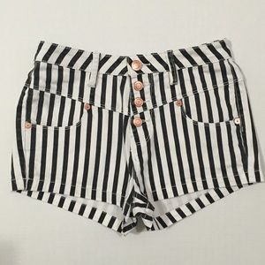 Kendall & Kylie Pants - [Kendall&Kylie] high-rise striped jean shorts sz7