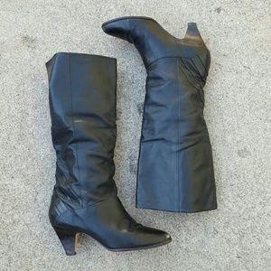 Vintage heeled boots