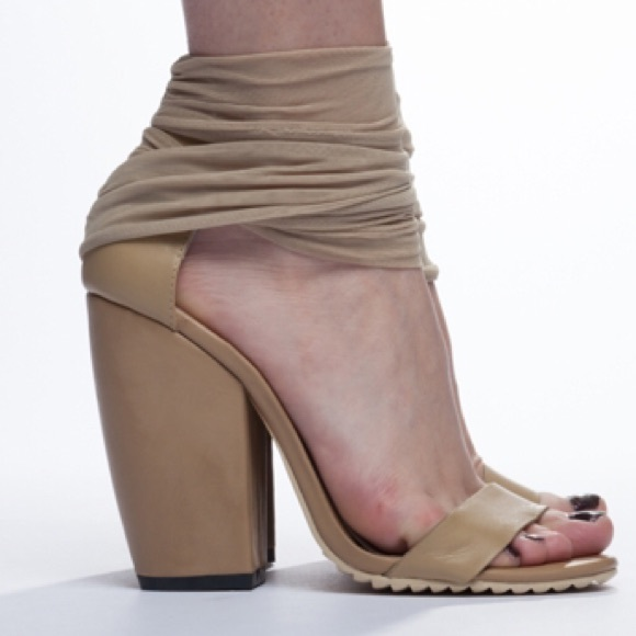 32% off UNIF Shoes - UNIF nude heeled sandals NWT size 6 from
