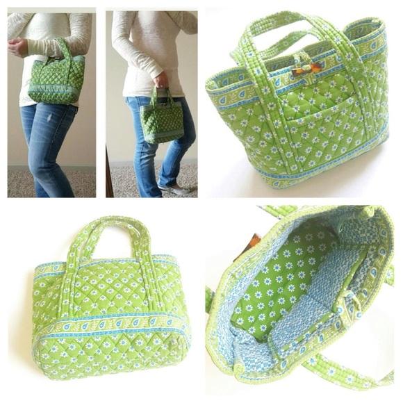 08b87583b4c8 Vera Bradley Apple Green Small Toggle Tote Bag. M 57eb044f7fab3a55db006376