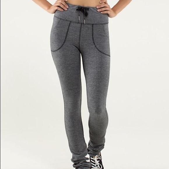 5b1956a77b lululemon athletica Pants | Rare Lululemon Grey Speckled Leggings ...