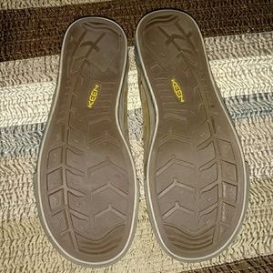 dc65820496f2 Keen Shoes - KEEN TIMMONS SLIP ON LEATHER LOAFERS