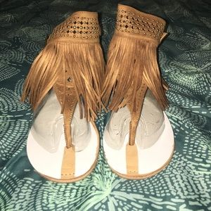 Shoes - 🎃😊New Tan sandal with fringe and sequence