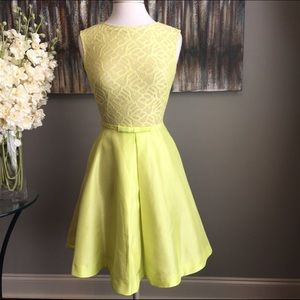 Just Taylor Dresses & Skirts - Chic Taylor Contrasting Yellow & Tan Lace Dress