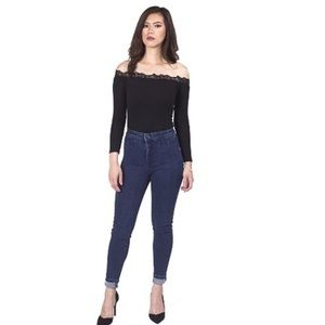 Atid Clothing Tops - Everyday Off The Shoulder Black Top 🎉ON SALE🎉