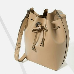 Zara bucket bag (4250)