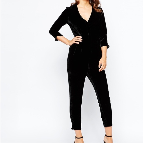 db96bd2a900 French Connection  Jet Velvet Jumpsuit  NWT!