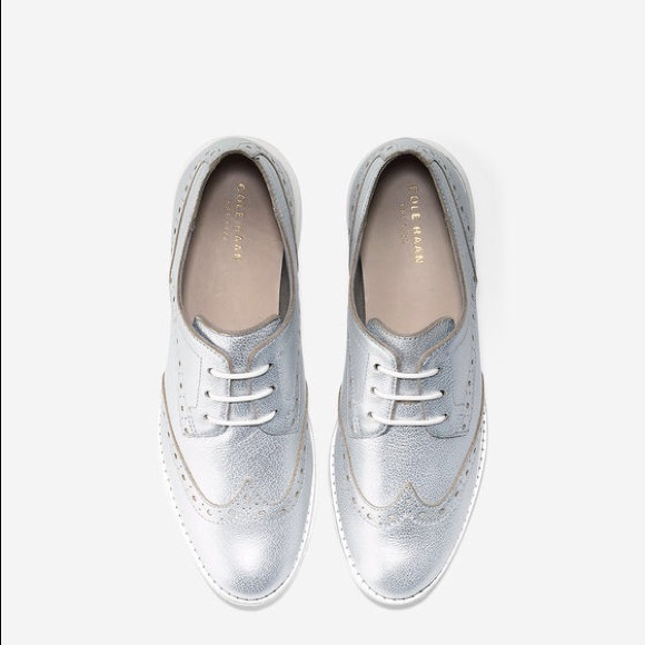 Cole Haan Womens Grand Os Oxford Silver