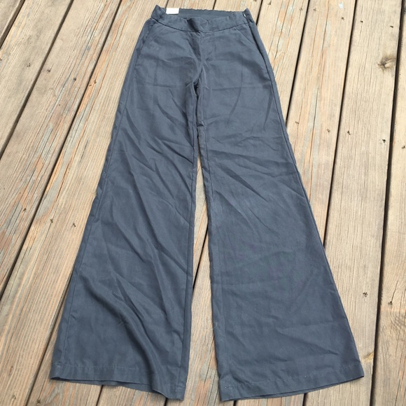 72% off Old Navy Pants - OLD NAVY BLUE BELL BOTTOM PANTS. SIZE 0 ...