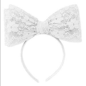 Accessories - SIA STYLE OVERSIZED LACE BOW HEADBAND - WHITE