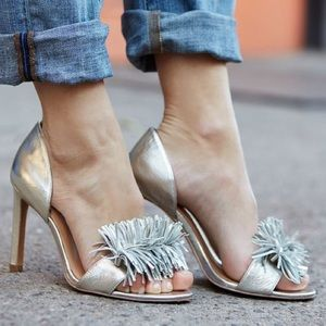 Banana Republic Shoes - 👠BR // Gold feather-fringed peep toe sandals