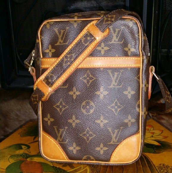 482241103e03 Louis Vuitton Handbags - Auth. LV Danube Crossbody Bag