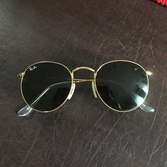 a516383e0ad AUTHENTIC Ray Ban Round Metal Sunglasses. M 57ec3b9c2ba50a1758002c9b. Other  Accessories ...