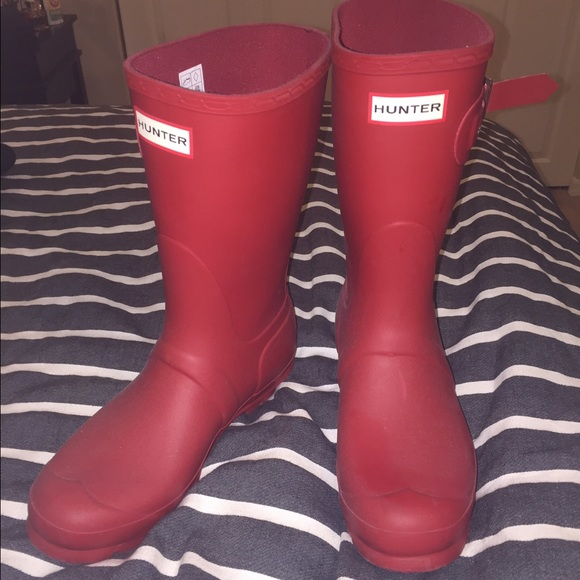 34% off Hunter Boots Shoes - Short red hunter rain boots from ...
