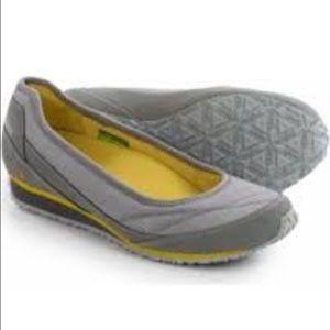 ahnu Shoes - AHNU MAGNOLIA Moon Mist.