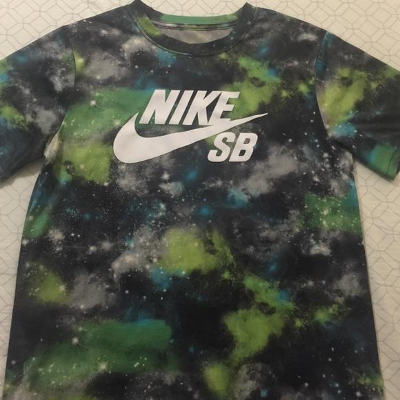 d8fc2a972d13 Boys Nike SB T-Shirt Size Large. M 57ec5152522b45ba8c000c53