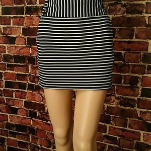 Forever 21 Dresses & Skirts - Flash Sale! Forever 21 Mini Skirt