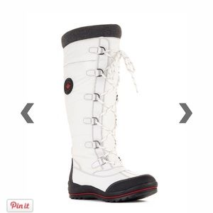 """NEW Cougar """"Canuck"""" Tall White Lace-Up Boots"""