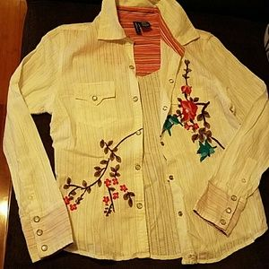 Anthropologie Mixit P. embroidery  shirt