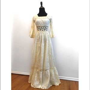 True Vintage Late 1960's Romantic Boho Dress