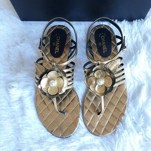 NIB Chanel Lambskin Sandals in Gold size 36 5.5 6