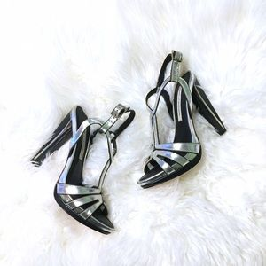 Diane von Furstenberg Shoes - Diane Von Furstenberg Metallic Devon Sandals