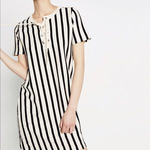 Vertical striped dress with cords