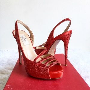 NIB Valentino Crystallized Slingback Red Pump 36
