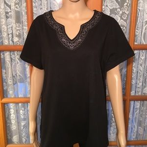 St. John's Bay Tops - 🍁1 X Black With Embroidery around V-Neck