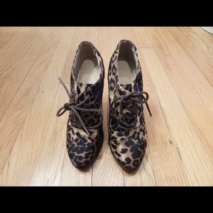 Forever 21 Shoes - Forever 21 Leopard Bootie Heels Size 6