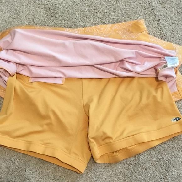 Adidas Shorts - Adidas tennis/running skirt with built-in shorts