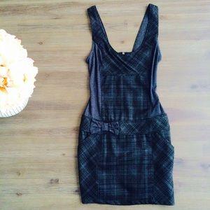 Zara Dresses & Skirts - Zara plaid dress with pockets and bow
