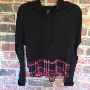 Lightweight hooded sweater with sheer plaid hem