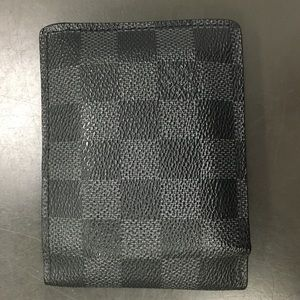 "Men's Louis Vuitton ""Multiple Wallet"""