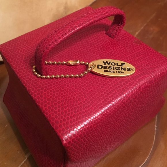 84 off wolf designs Jewelry Leather Box Poshmark