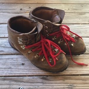 Vasque Shoes - Vintage Vasque hiking boots