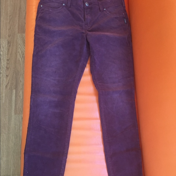 37% off Pants - Silver Jeans Suki Jegging 32X 31 from Funkon&39s