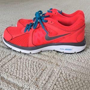 Nike Shoes - Women s Nike Lunar Fusion Run 16cdc8c07