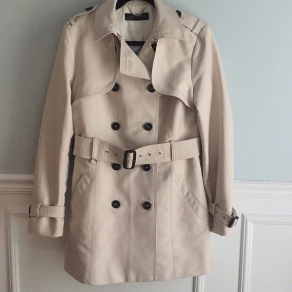 fd62e1a1 Zara Jackets & Coats   Woman Short Trench Coat   Poshmark