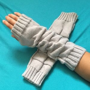 Accessories - Fingerless Arm Warmers