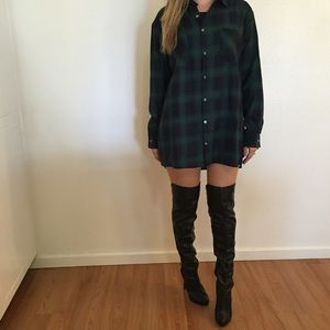 Tops - Oversized Boyfriend Flannel